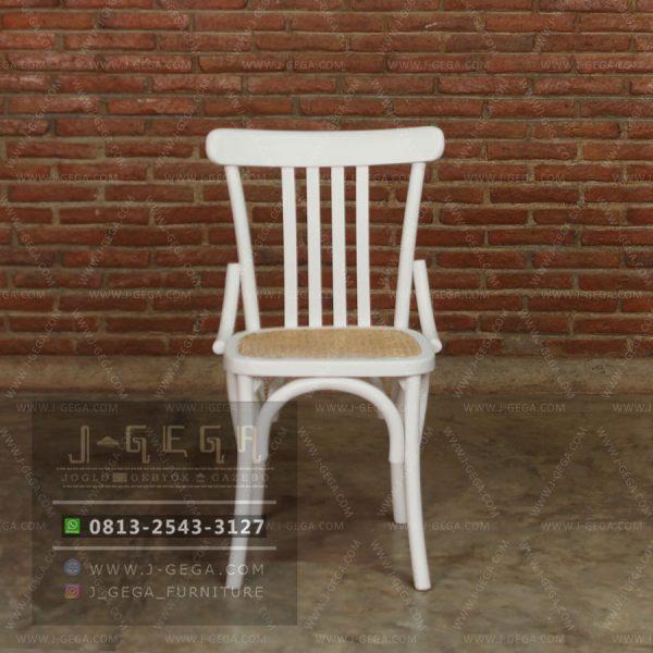 Harga Jual White Slat Chair Rattan Jepara