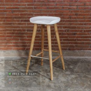 Kursi Bar Cafe Jati Delanna Stool