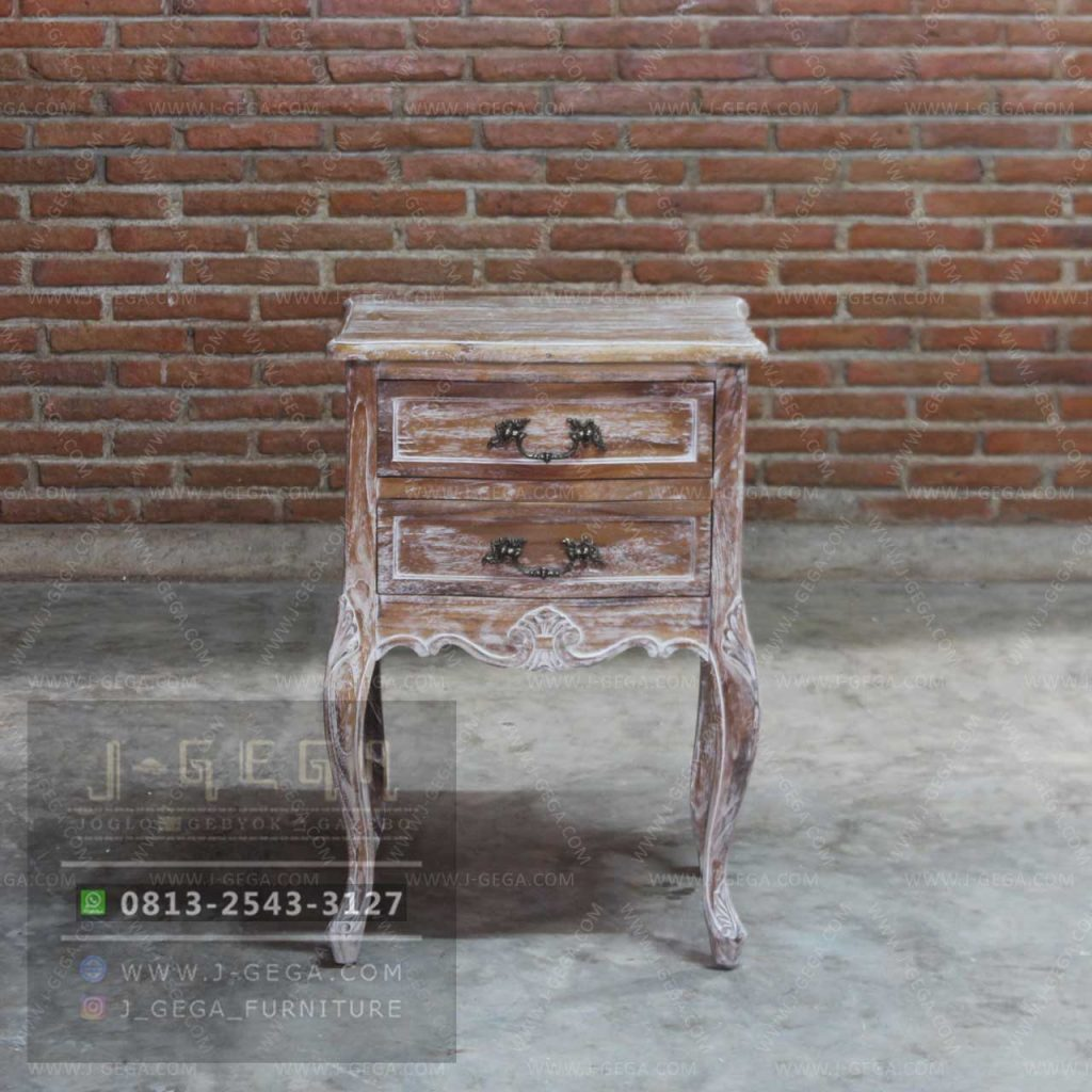 Harga Jual Antique French Louis Night Stand