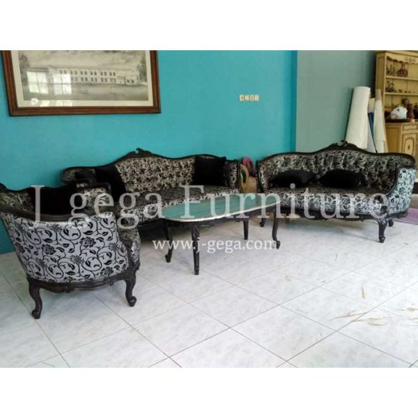 Sofa Tamu French Style Set Meja Tamu Cat Duco Hitam