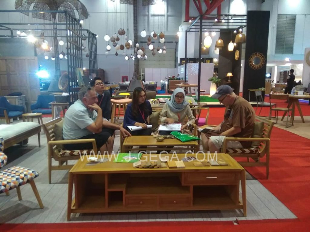 J-GeGa Furniture Exhibitor Hospitality 2018 (1)