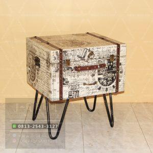 Harga Jual Vintage Small Box Table