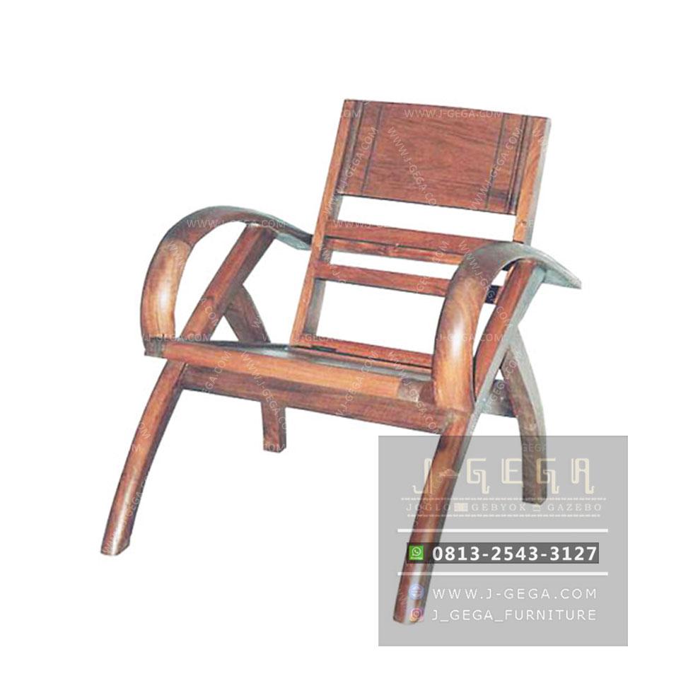 Sedan Wood 1 Seater (MAC 001 W)